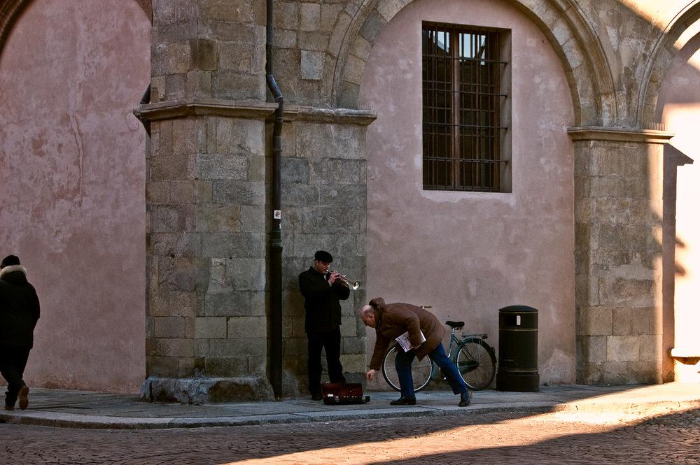Street Musician, Parma   Mark Lindsay