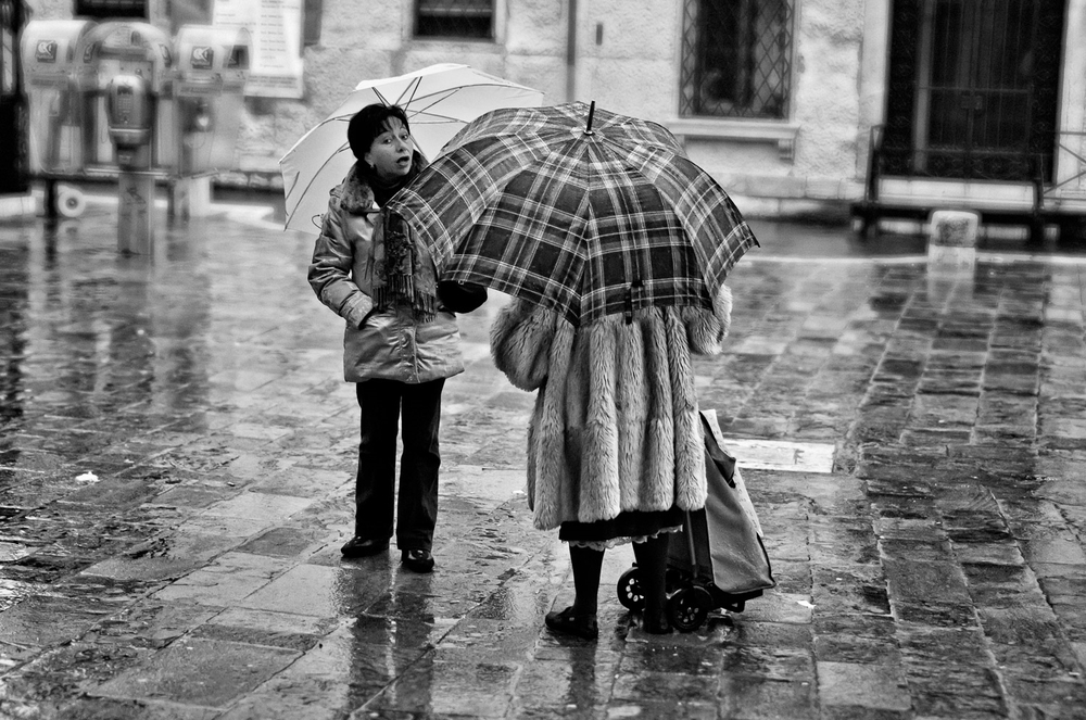 Two Women with Umbrellas, Venice