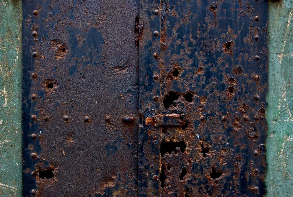 Rusty Door, Marin Headlands | Mark Lindsay