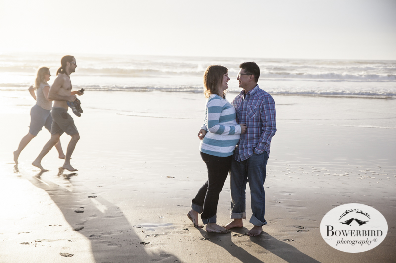 San Francisco Baby Bump Photo Session on Ocean Beach.     © Bowerbird Photography 2014