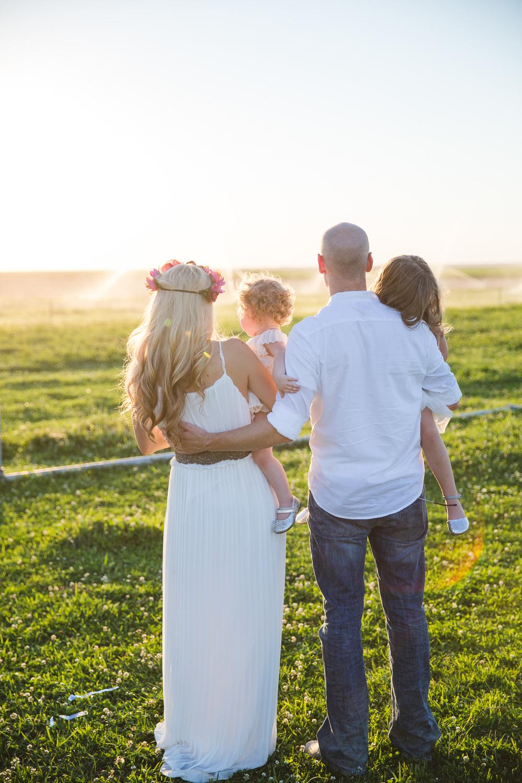 Lifestyle Family Photography Farm Session-6877.jpg