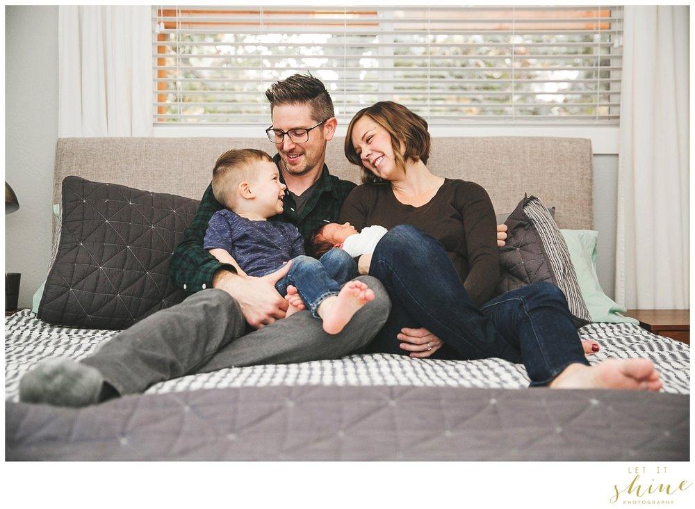 In Home Family Photographer Boise Idaho_0030.jpg