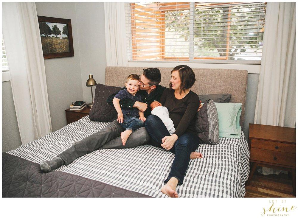 In Home Family Photographer Boise Idaho_0031.jpg