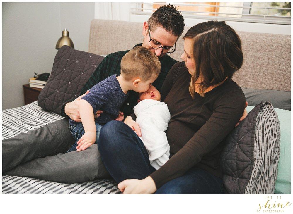 In Home Family Photographer Boise Idaho_0033.jpg