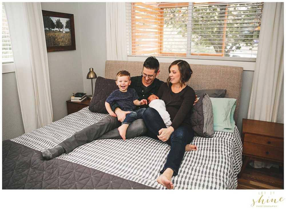 In Home Family Photographer Boise Idaho_0032.jpg