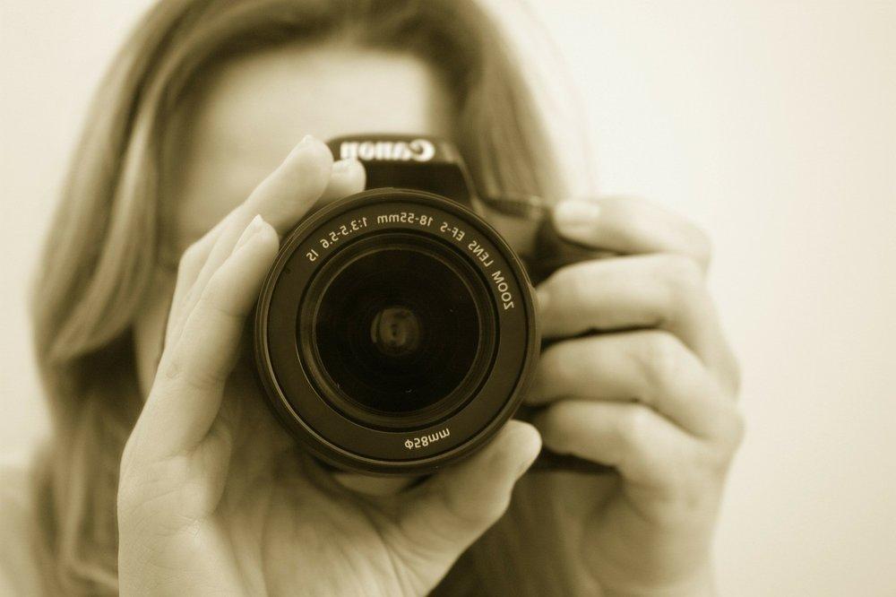 photographer-16022_1280.jpg