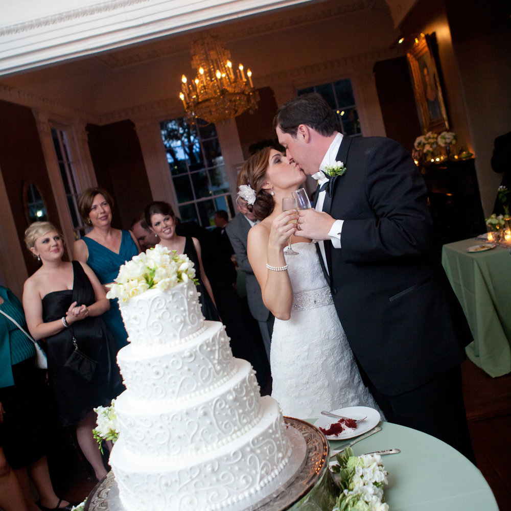 Wickliffe House Cake and Kiss by MCG