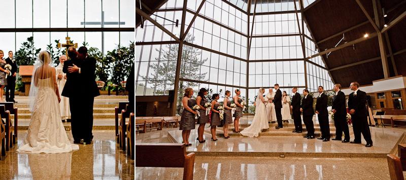 Cleveland Wedding Photographer http://www.toomuchawesomeness.com