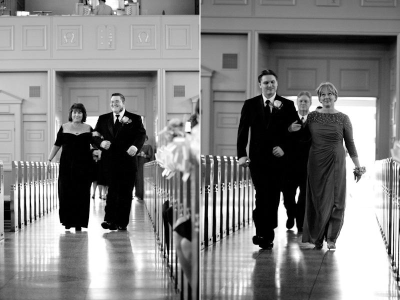 Cleveland Wedding Photographer http://www.toomuchawesomeness.com