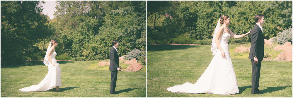 First look - Chicago Wedding Photographer - Catigny Park
