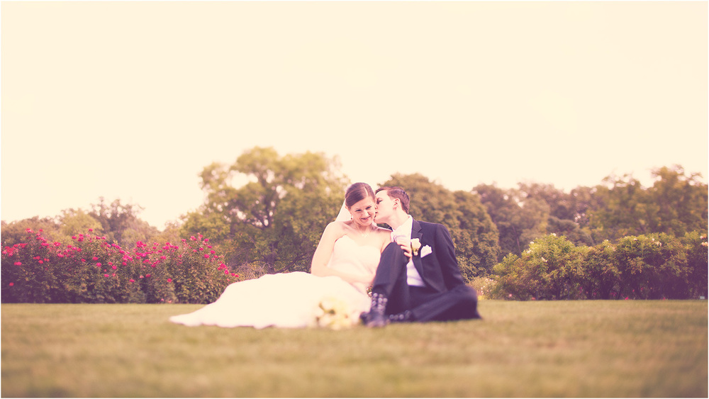 True love. Chicago Wedding Photographer - Catigny Park