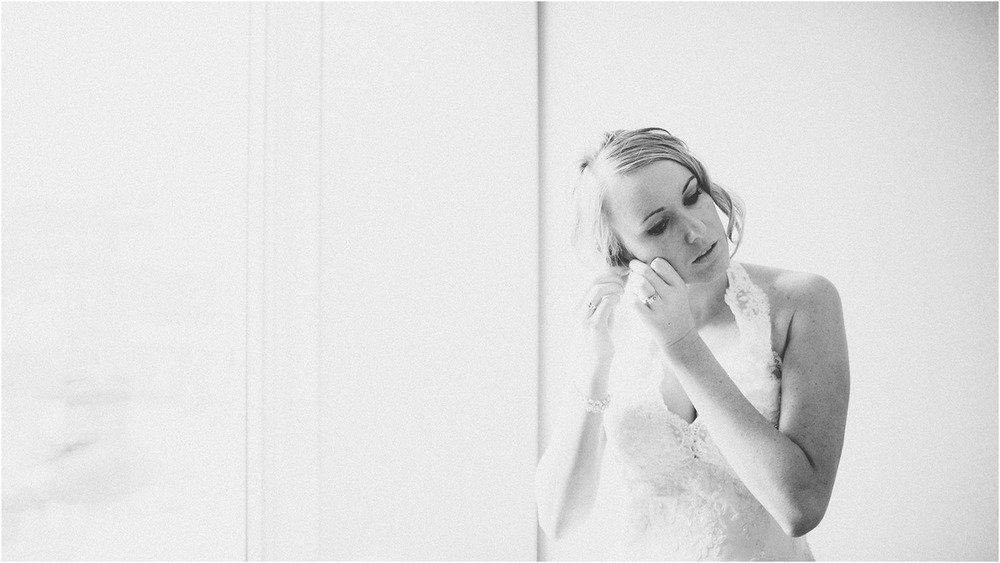 Colleen and Tim - Milwaukee Wedding Photographer - Image01.jpg