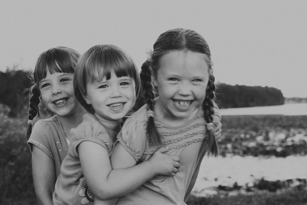 Cleveland Family Lifestyle Documentary Portrait Photographer Marblehead Lakeside Ohio