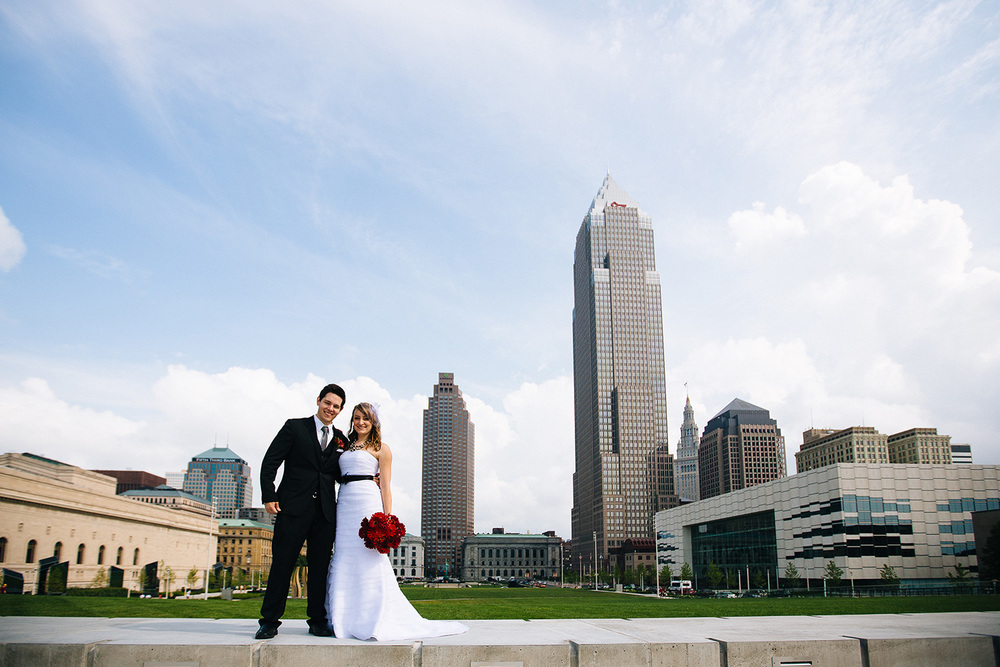 Cleveland Wedding Photographer Great Lakes Science Center City Club of Cleveland