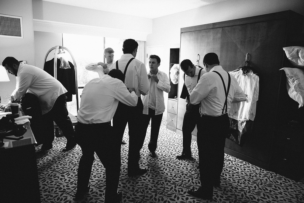 Cleveland Wedding Photographer Marriott Hotel Beach Rocky River - Nikki and Dave 16.jpg