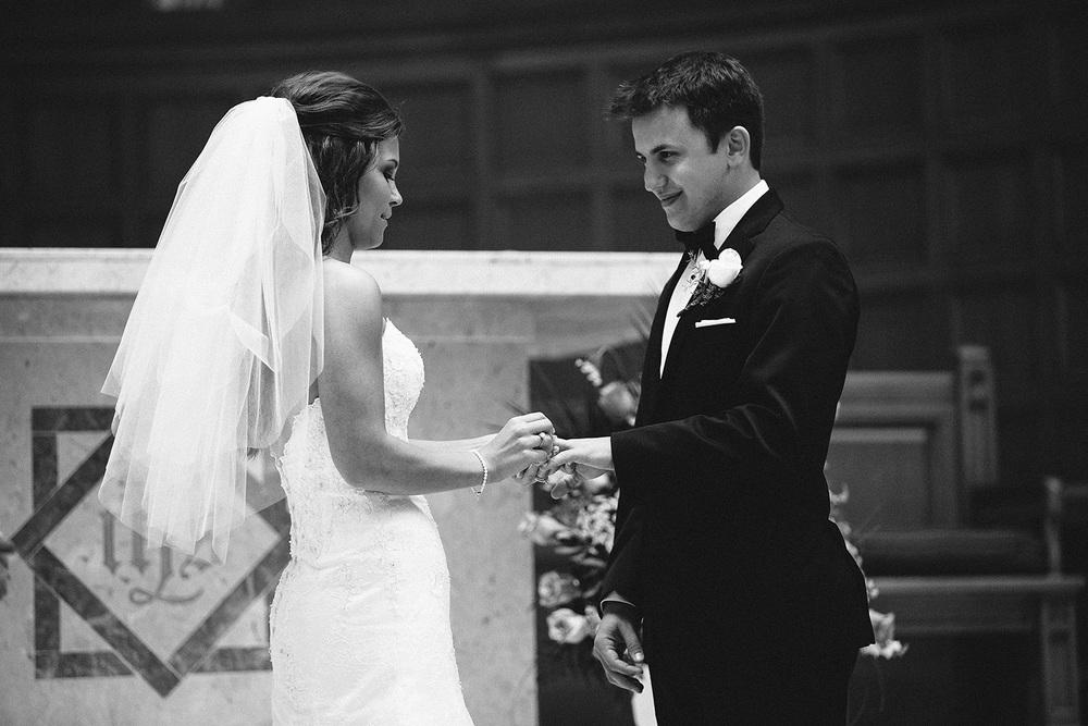 Cleveland Wedding Photographer Marriott Hotel Beach Rocky River - Nikki and Dave 27.jpg