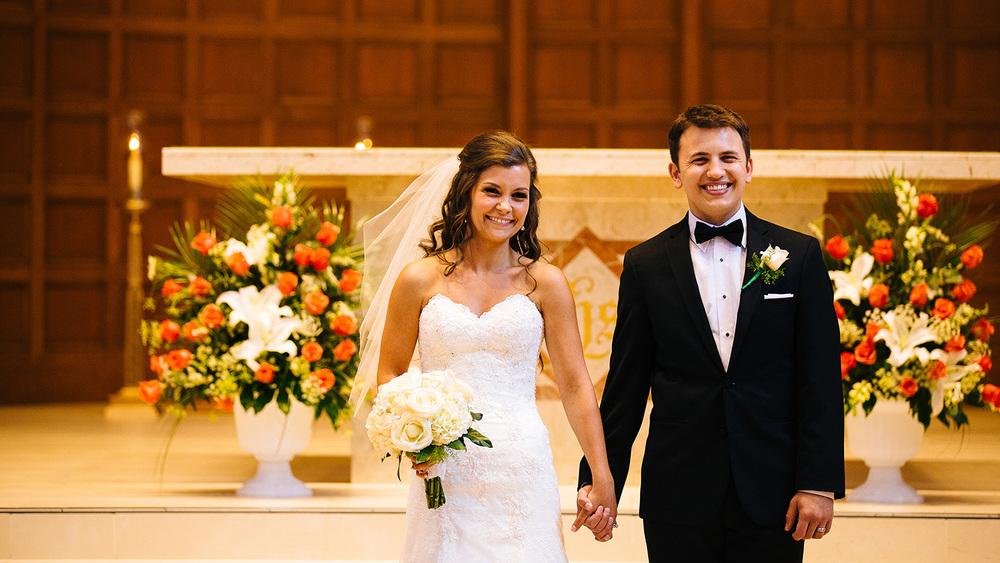 Cleveland Wedding Photographer Marriott Hotel Beach Rocky River - Nikki and Dave 28.jpg
