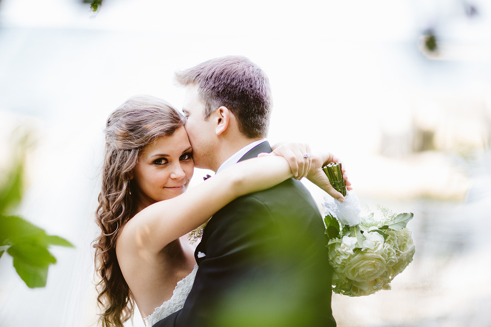 Cleveland Wedding Photographer Marriott Hotel Beach Rocky River - Nikki and Dave 39.jpg