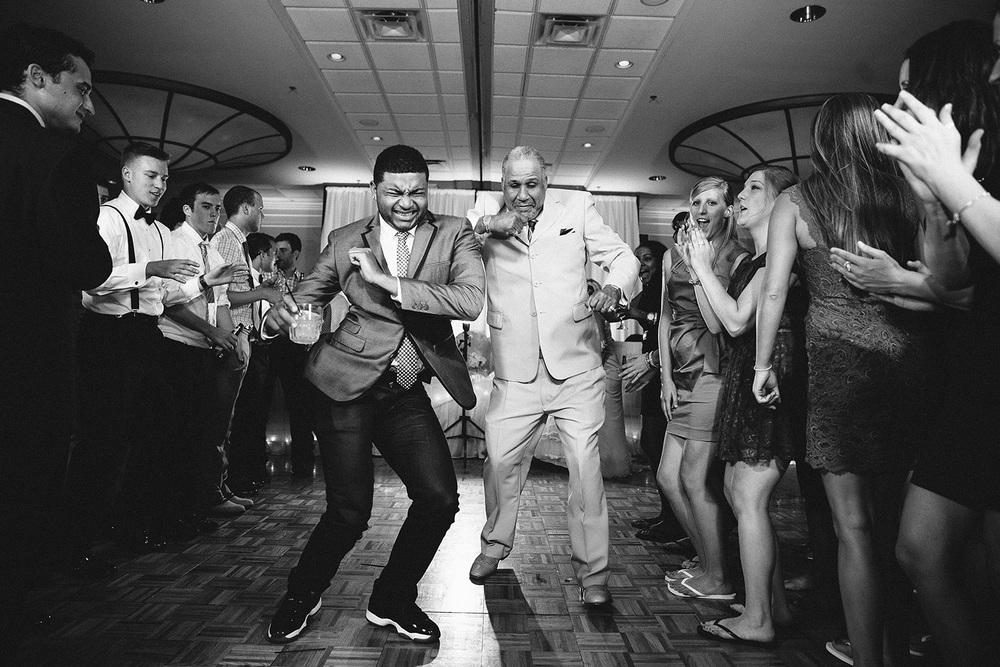 Cleveland Wedding Photographer Marriott Hotel Beach Rocky River - Nikki and Dave 56.jpg