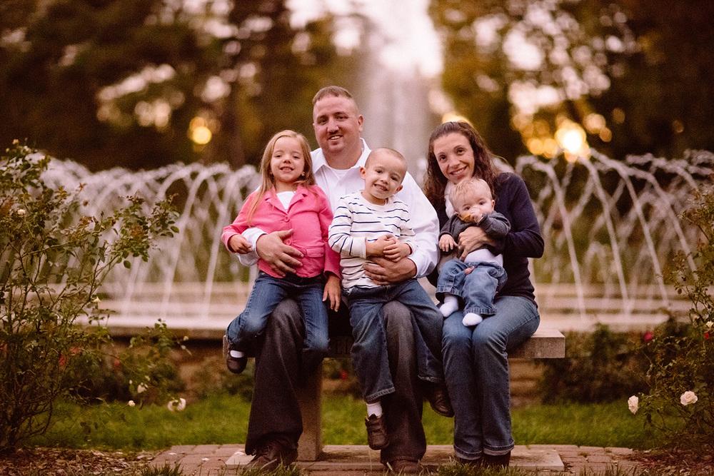 Columbus Family Portrait Photographer - Gifts for Gavin 10.jpg