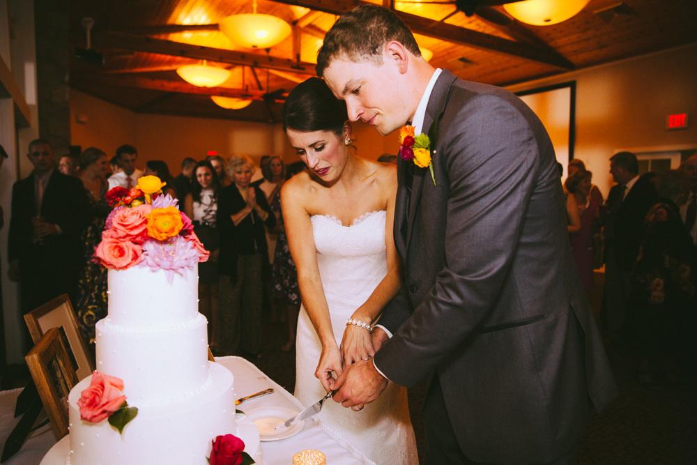 Cleveland Yacht Club Wedding Photographer CYC 36.jpg