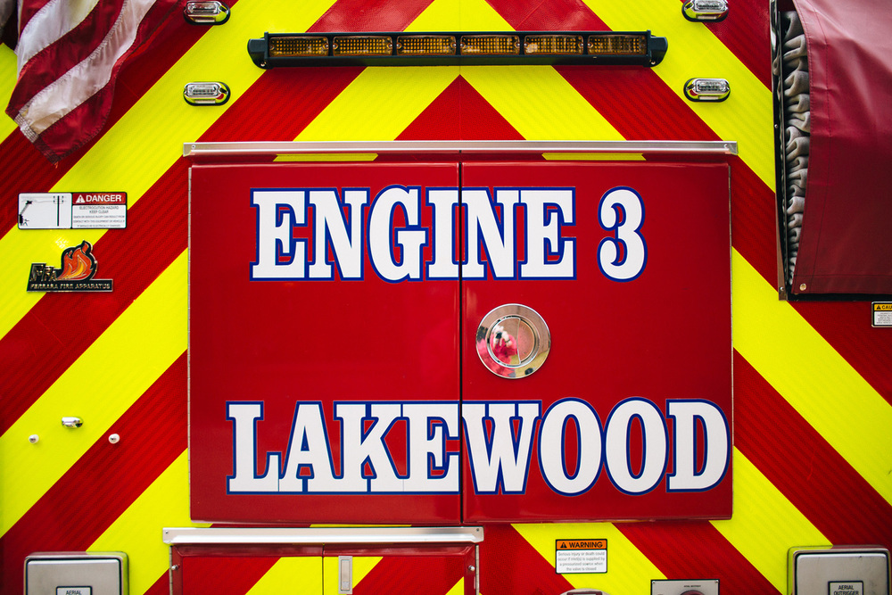 Lakewood Ohio Fire Station Engagement Photographer 03.jpg