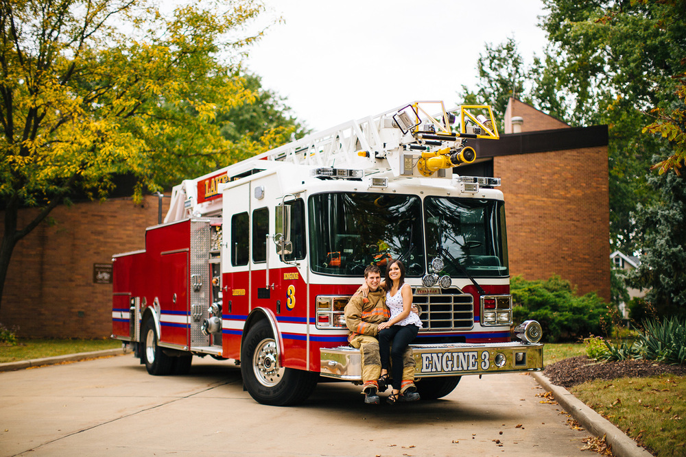 Lakewood Ohio Fire Station Engagement Photographer 06.jpg