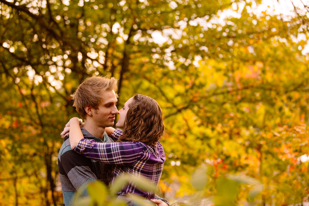 Coe Lake Berea Engagement Photographer 13.jpg