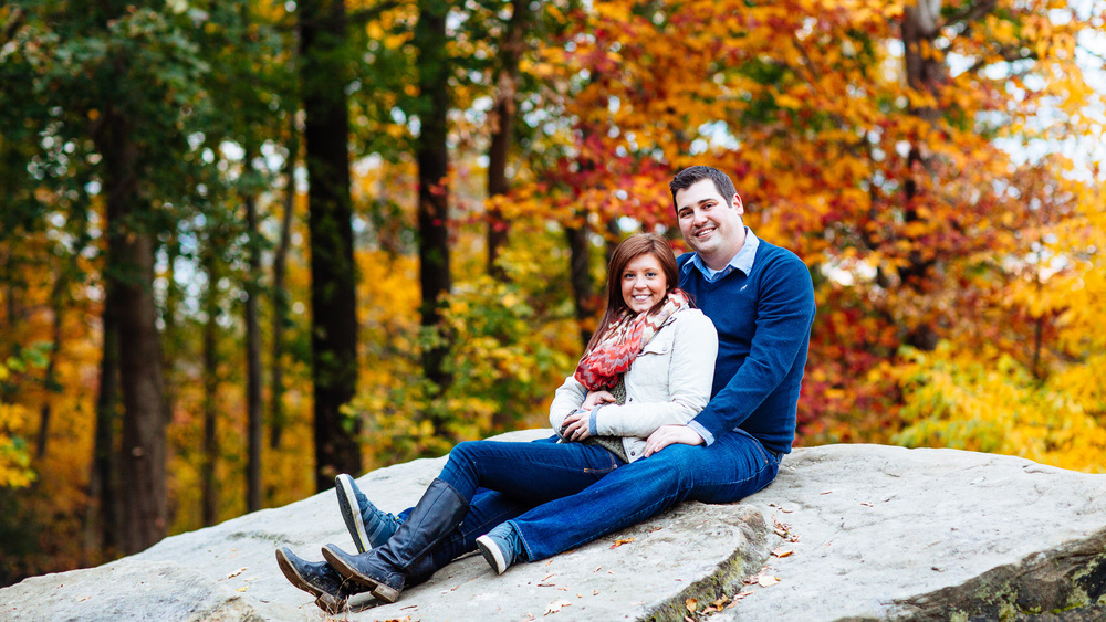 Patterson Fruit Farm Fall Engagement Session Photos in Cleveland 14.jpg