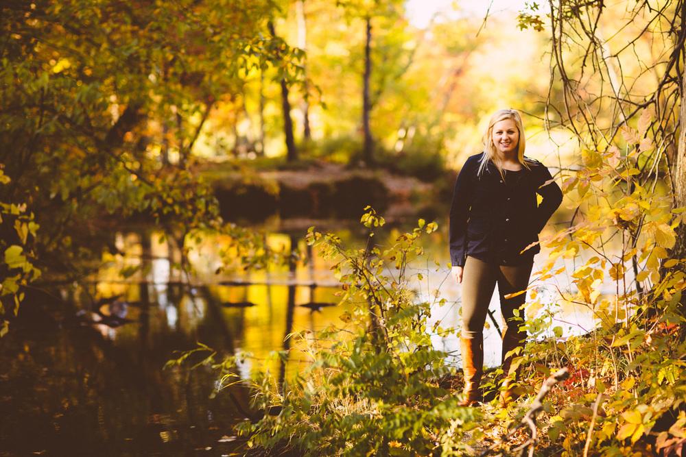 Lauren Muchewicz  a medina high school senior portrait session