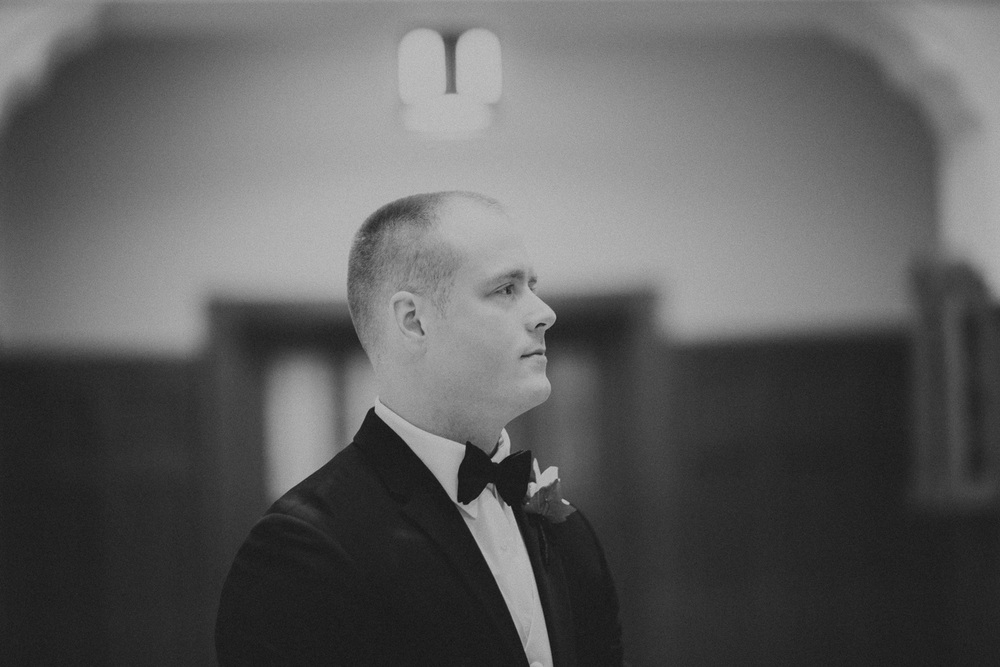Cleveland Wedding Photographer St Christopher's Church Red Tail Golf Club 05.jpg