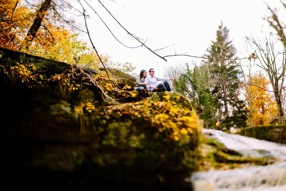 Olmsted Falls Autumn Engagement Photographer 02.jpg