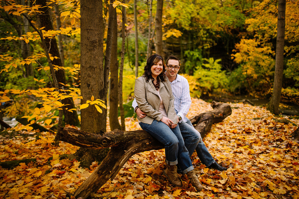 Molly + Nick an autumn engagement session in olmsted falls