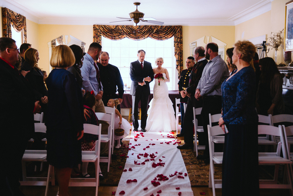 Cleveland Winter Wedding at Milan Villa 16.jpg