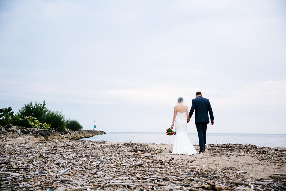 Cleveland Yacht Club Wedding Photographer CYC 29.jpg