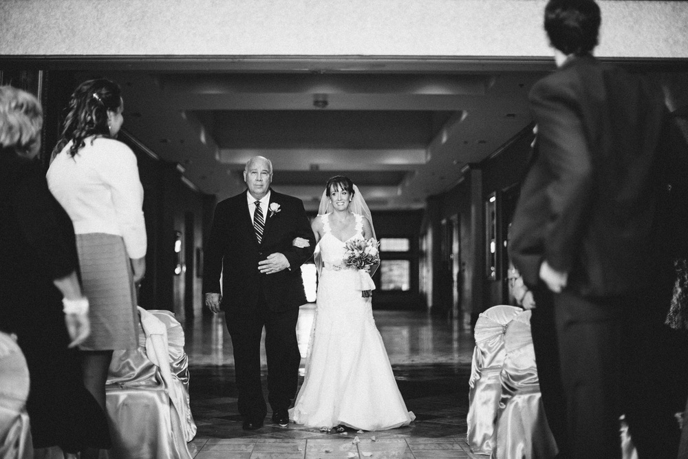 Bertram Inn Wedding Photographer Cleveland 12.jpg