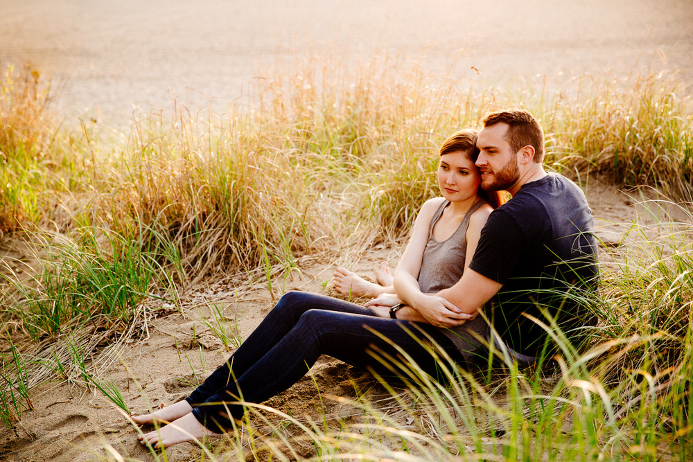 Mentor Headlands Beach Engagement Photographer 16.jpg