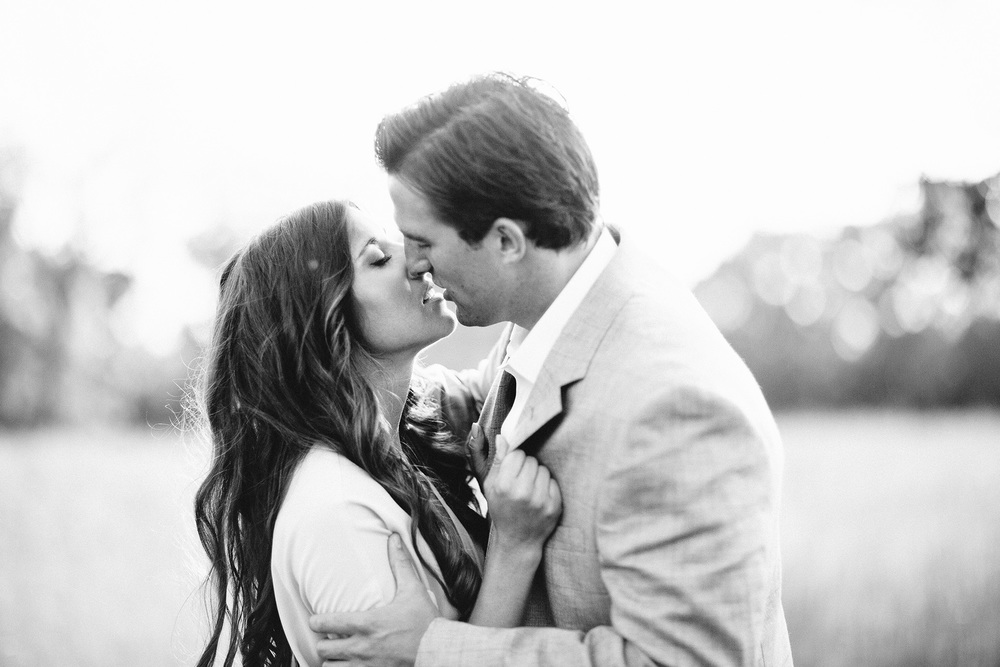Beach Engagement Photos Cleveland Wedding Photographer 03.jpg