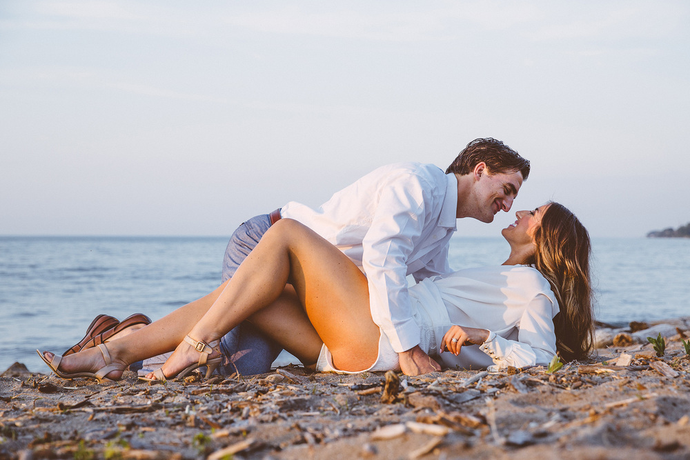 Beach Engagement Photos Cleveland Wedding Photographer 16.jpg