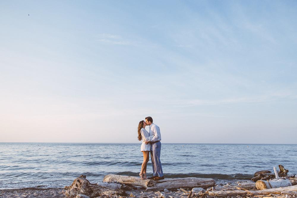 Beach Engagement Photos Cleveland Wedding Photographer 14.jpg