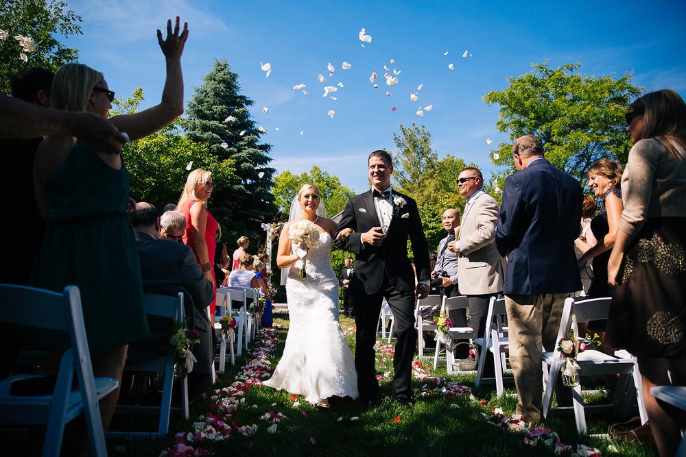 Walden Inn Wedding Photographer 32.jpg