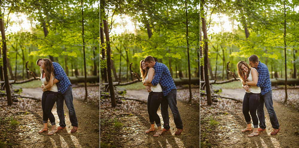 Cleveland Engagement Photographer at the Beach 06.jpg