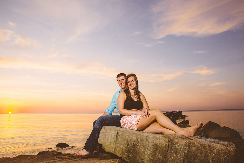 Cleveland Engagement Photographer at the Beach 12.jpg