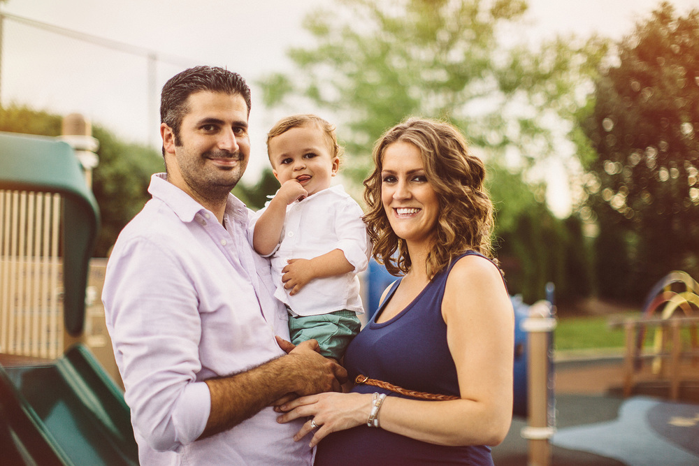 Cleveland Family Lifestyle Maternity Portraits 03.jpg