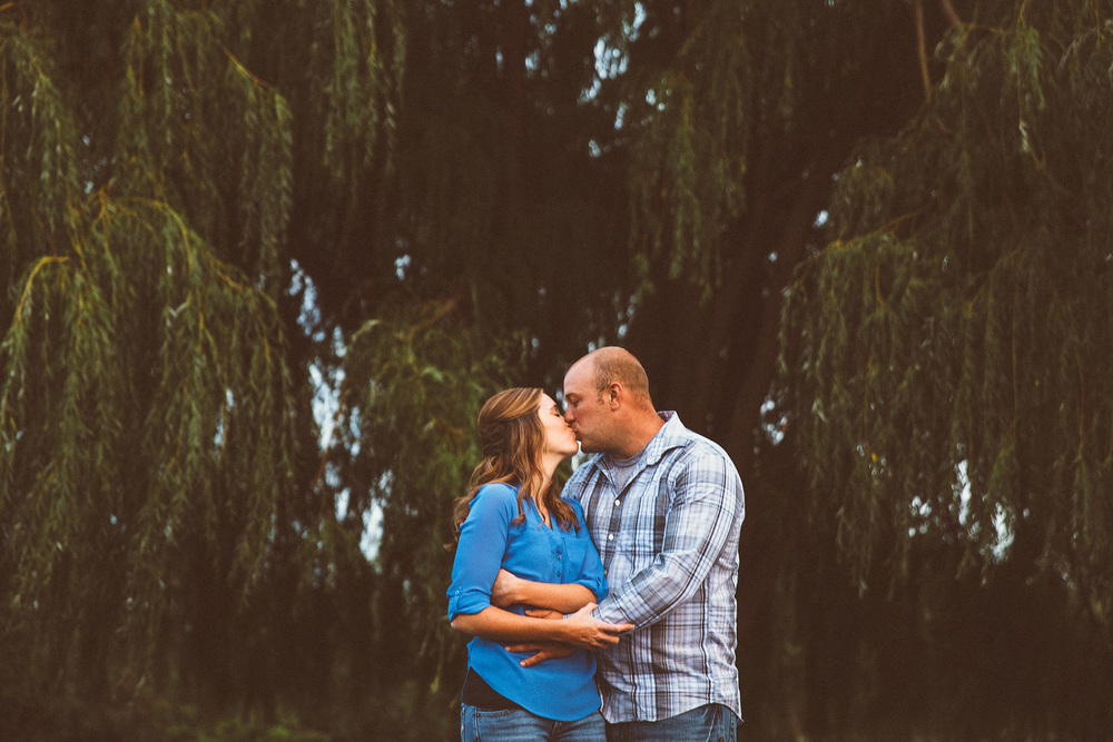 cleveland engagement photographer 09.jpg