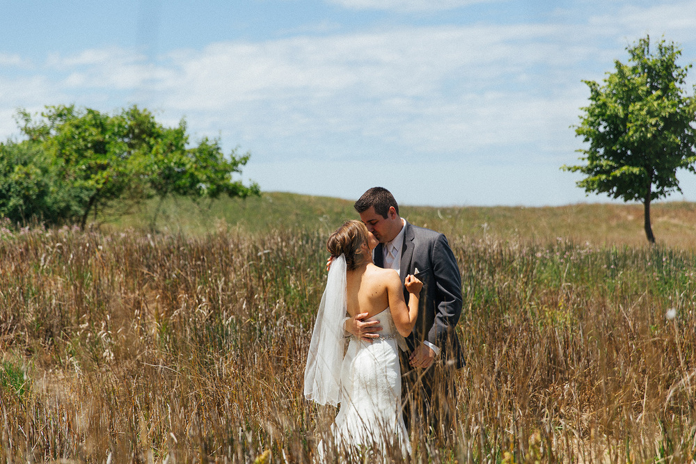 Maddy + Mitch a cleveland wedding at the amasa stone chapel