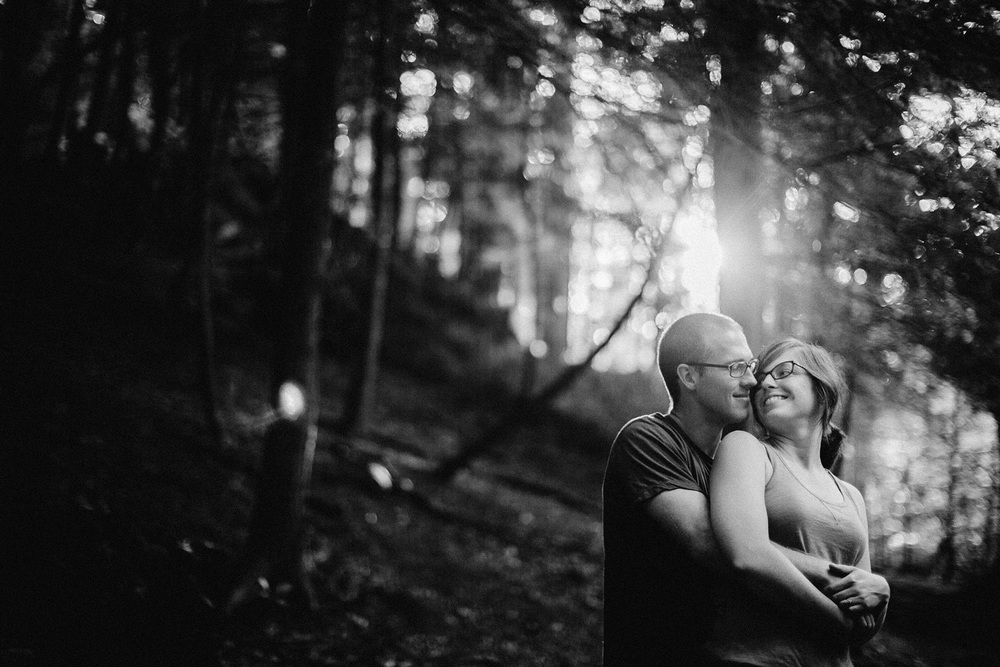 Cleveland Engagement Photos 05.jpg