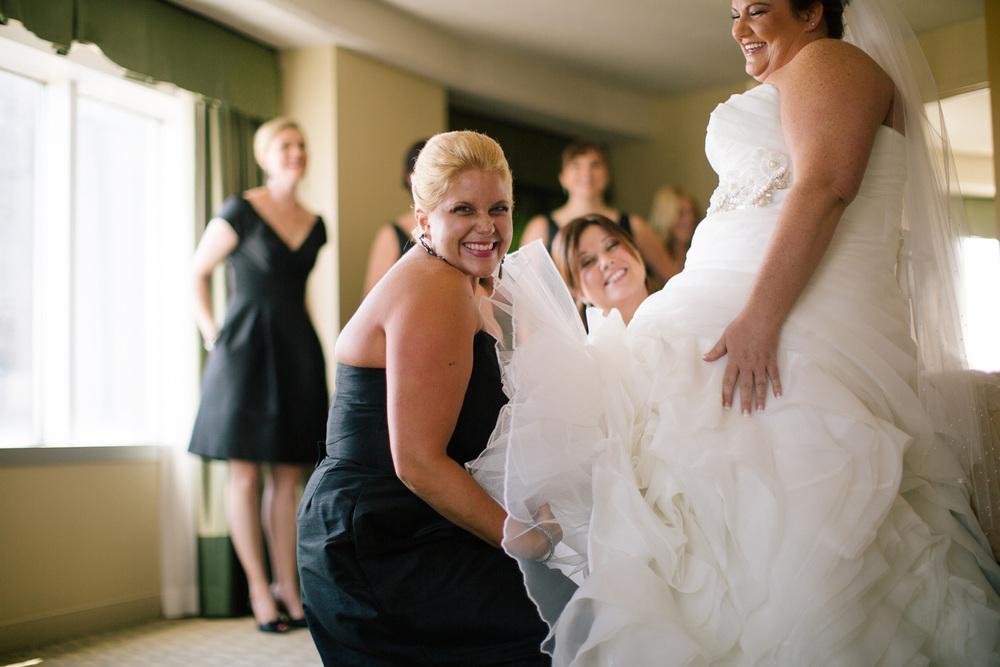 Wyndham Cleveland Playhouse Square Wedding 05.jpg