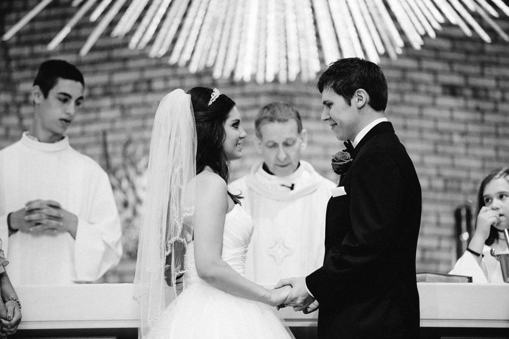 Cleveland Wedding Photographers 13.jpg