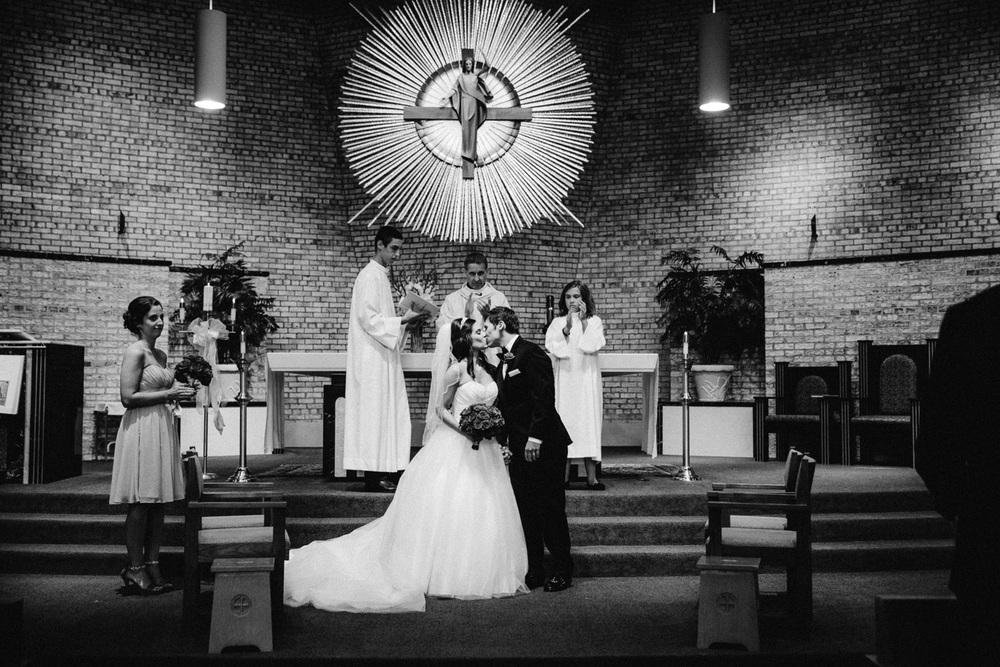 Cleveland Wedding Photographers 14.jpg